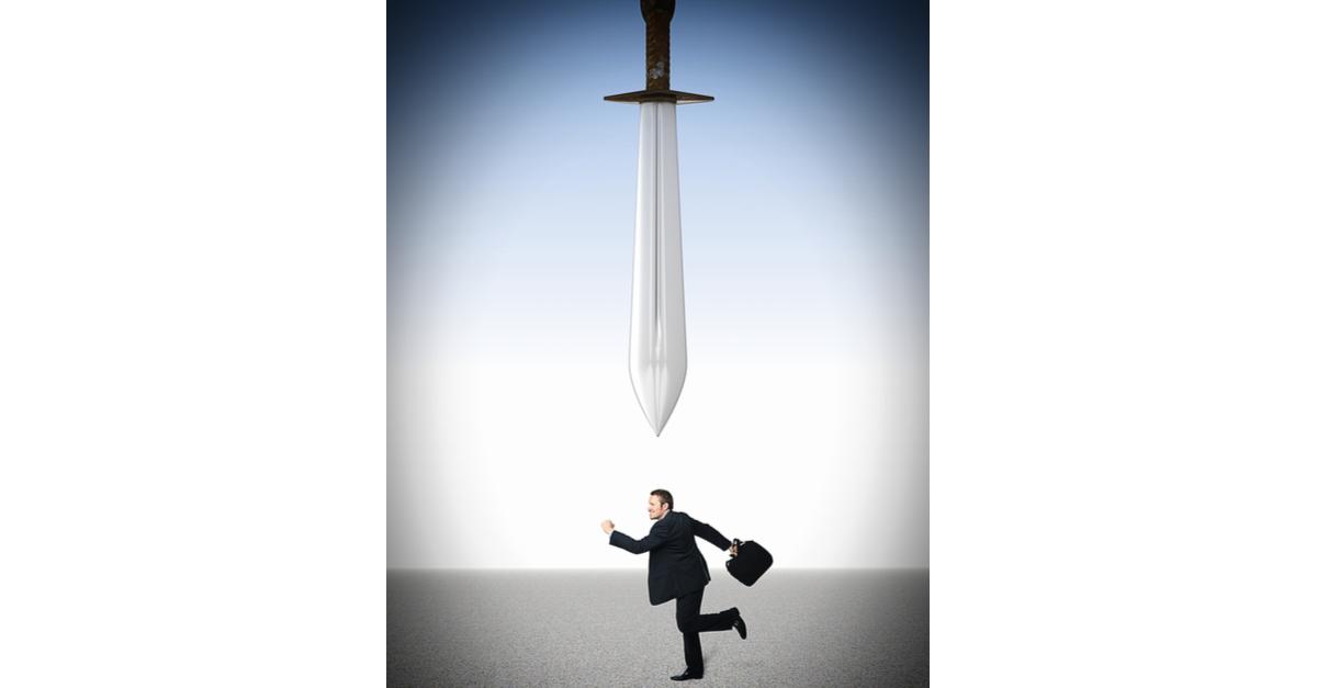 under the sword (1)